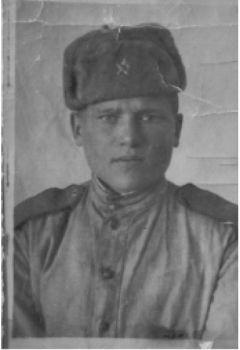 Ц-Фотография молодого бойца — Цыганова Ильи Евменьевича
